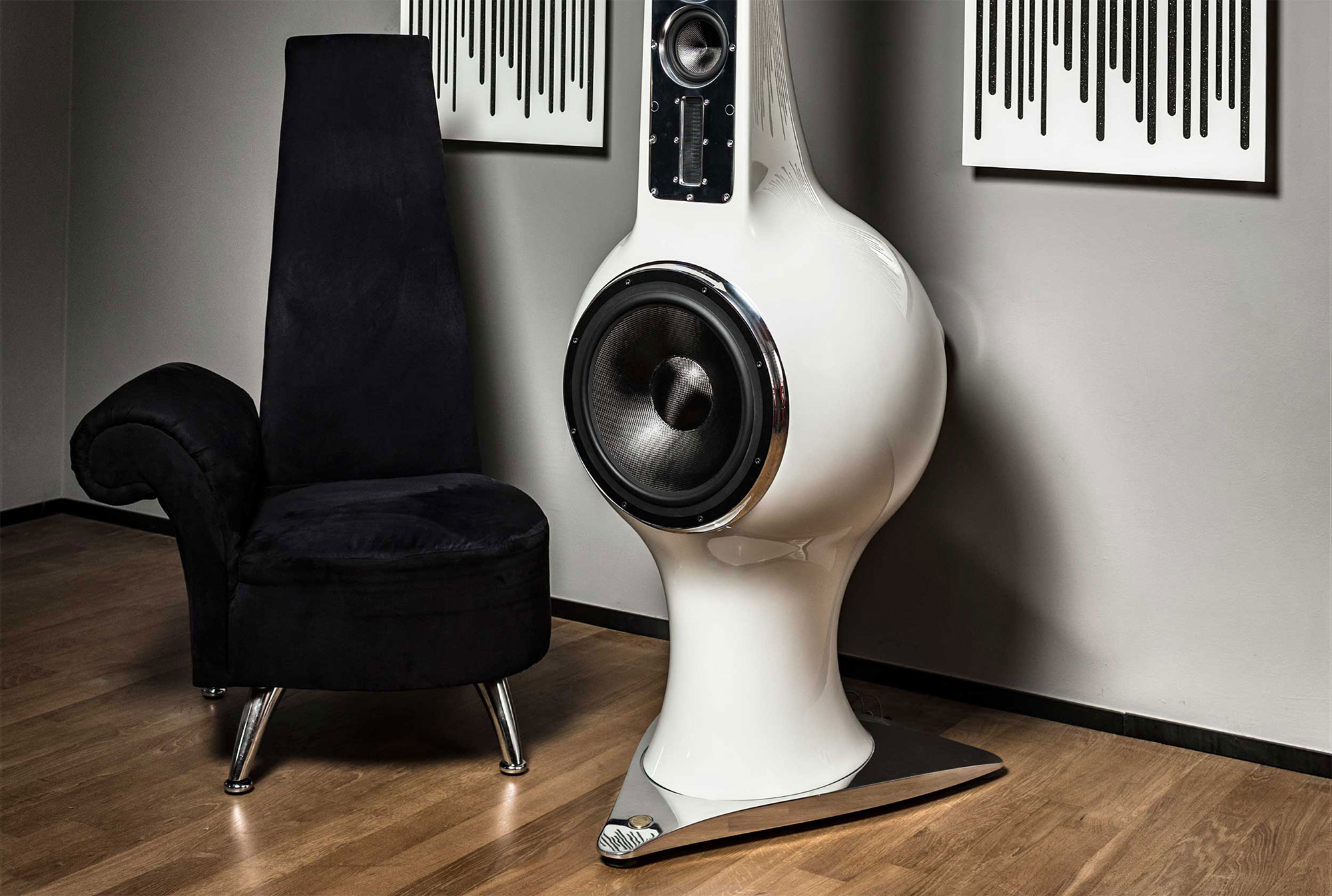 Liutanie-Audio_Amphora_Loudspeakers